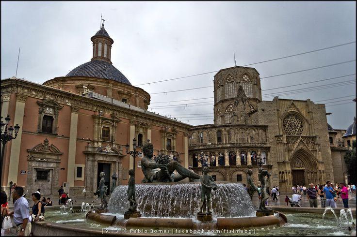 Praça da Virgem / Plaza de la Virgen / Virgin square [2013 - Valencia - Espanha / España / Spain] #fotografia #fotografias #photography #foto #fotos #photo #photos #local #locais #locals #cidade #cidades #ciudad #ciudades #city #cities #europa #europe #turismo #tourism #arquitectura #architecture