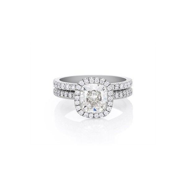 De Beers Aura Cushion Diamond Engagement Ring ❤ liked on Polyvore featuring jewelry, rings, accessories, engagement rings, diamond jewelry, de beers, de beers jewellery and diamond jewellery