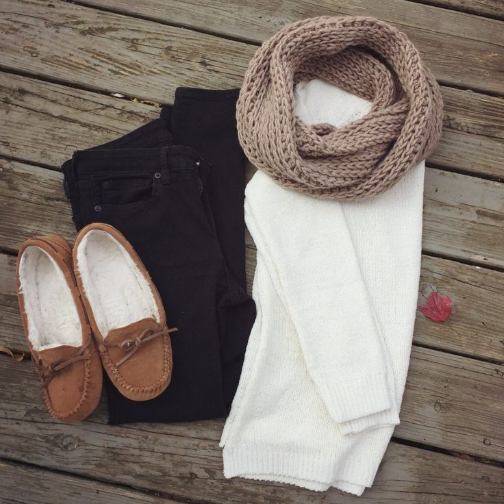 Cozy Neutral Thanksgiving Outfit - Cream Sweater, Black Jeggings, Crocheted Infinity Scarf, Moccasin Slippers
