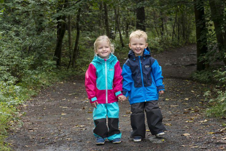 Kids playing in Helly Hansen.  Photo by Berit Bergestig