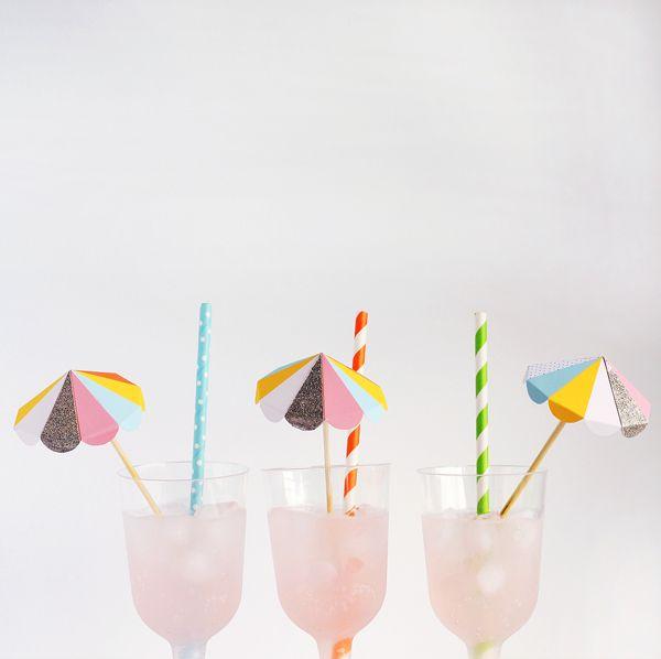 Paper umbrella drink stirrers >> Free to print