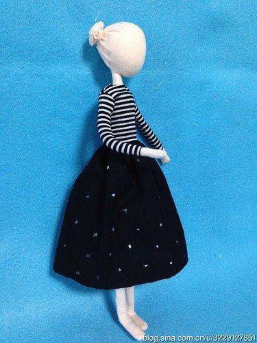 Wonderful DIY Pretty Mini Doll | WonderfulDIY.com