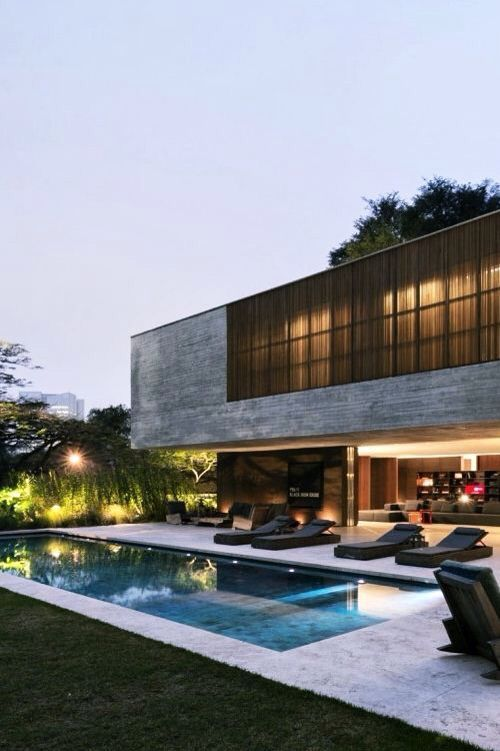 Contemporary luxury design house / Modern architecture & home inspiration byCOCOON.com #COCOON Dutch designer brand