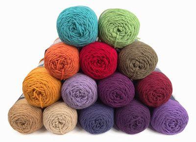 Carolyn Christmas Designs: Circle Dance Colors and Arrangement Chosen