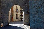 •Morella  (a 30 km)  Ciudad medieval amurallada con un impresionante castillo. Arquitectua civil y religiosa digna de ver. Iglesia de Santa Maria, Convento de San Francisco.. , además de un precioso recorrido urbano.