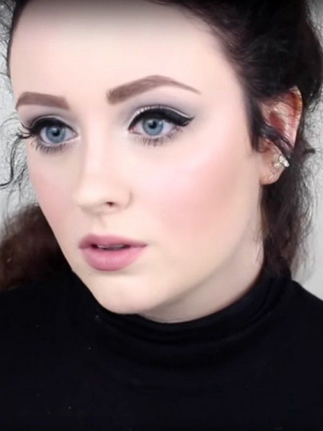 The Pinterest 100: Beauty & Grooming; Transform into Adele using just makeup. Voice sold separately.