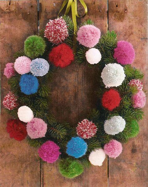 Risultati immagini per ghirlande natalizie riciclo