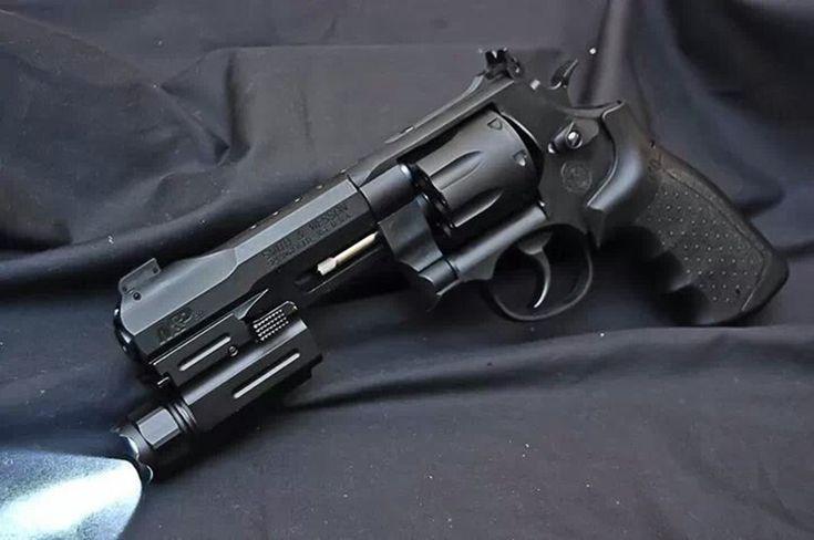 S&W M&P Revolver