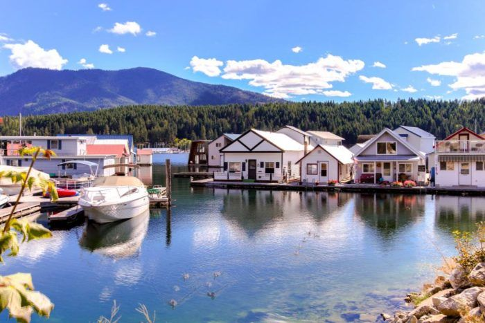 These Floating Cabins in Idaho Are the Ultimate Place to Stay Overnight This Summer