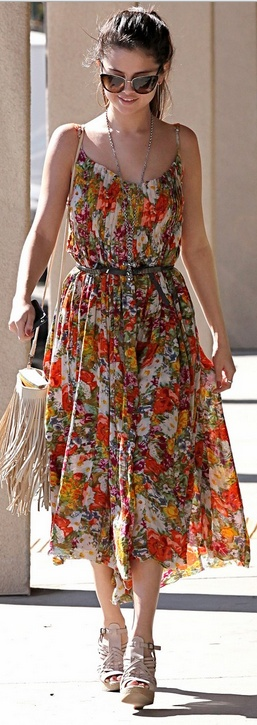 Who made Selena Gomez's fringe handbag and floral maxi dress that she wore in Encino on February 28, 2013?
