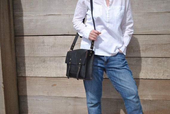 Leather Messenger Bag, iPad Womens Messenger, Italian Leather Crossbody Bag, Handstitched Leather Handbag, Leather Satchel, Leather Bag