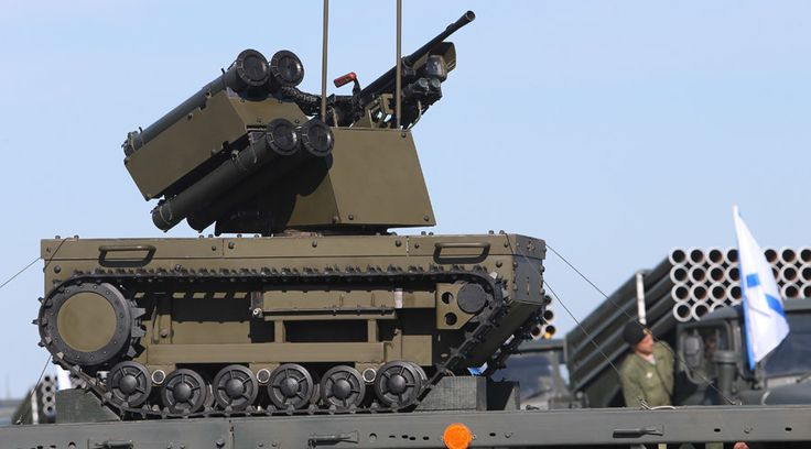 Russia's Platform-M combat robot amazes crowd in Sevastopol (VIDEO) http://sumo.ly/88oI Platforma-M. © Igor Zarembo