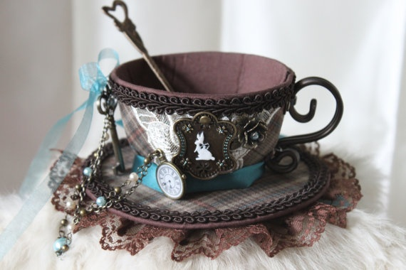 Alice Inspired Tea Cup Hat: would be awesome for halloween.