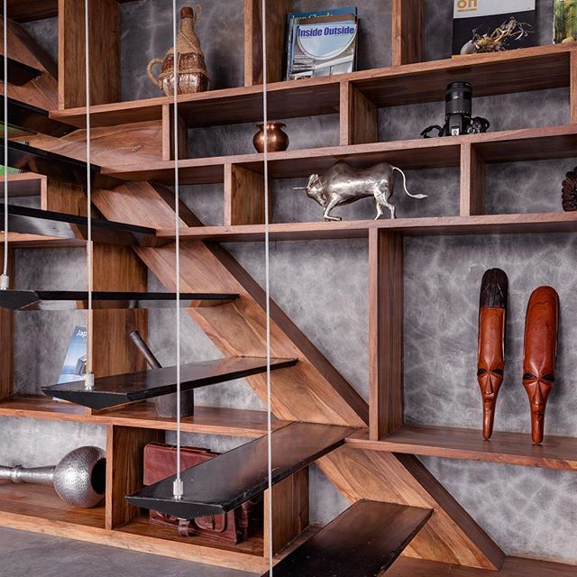 Pune, India Studio Course Photo is by Hemant Pati #timber #stairs #stairdetail #timberstairs #shelving #joinery #architecture #studiocourse #india #interiors #instainterior #instainterior #instainteriors