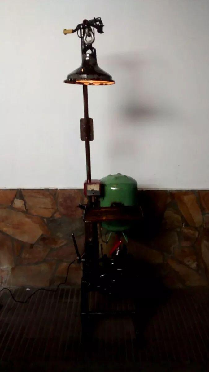 lámpara funcional estilo steampuk