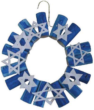 150 best hanukkah images on pinterest hannukah happy for Hanukkah crafts for preschoolers