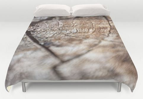 Brown Queen Duvet Cover - Bed Cover - Duvet Cover Only - Bed Spread - Rustic Wood Photo - Ready to Ship This duvet cover is done in original photography - Wood - great for the outdoors man or nature lover This item is READY TO SHIP  DESCRIPTION: Original Photograph Duvet Cover - (insert not included) Ultra soft microfiber duvet covers. Hand sewn and meticulously crafted, lightweight duvet covers light cream reverse side A durable and hidden zipper offers simple assembly  SIZE: Queen - 88 X…
