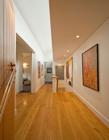 Contemporary Hall by TO THE MIL excellence in construction ** pictures