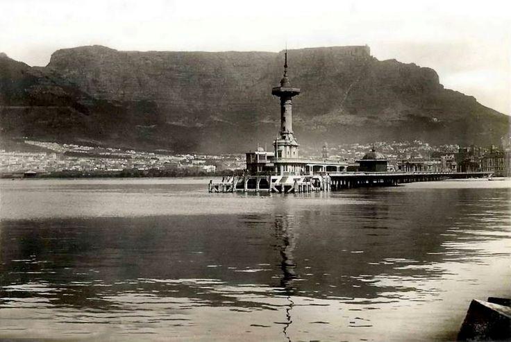 https://flic.kr/p/9pWcSg | The old Pier               circa 1930