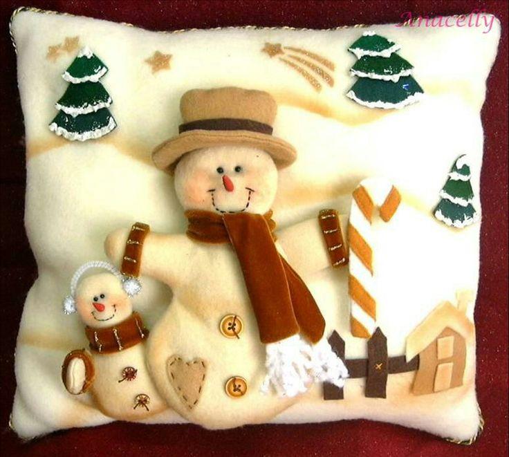 Cojin de muñeco de nieve