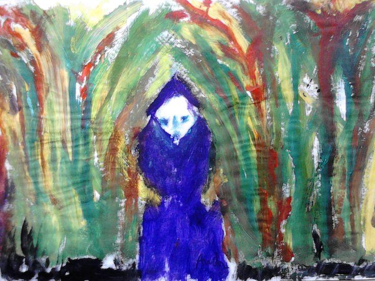 Lilaruhás öregasszony a Galériából