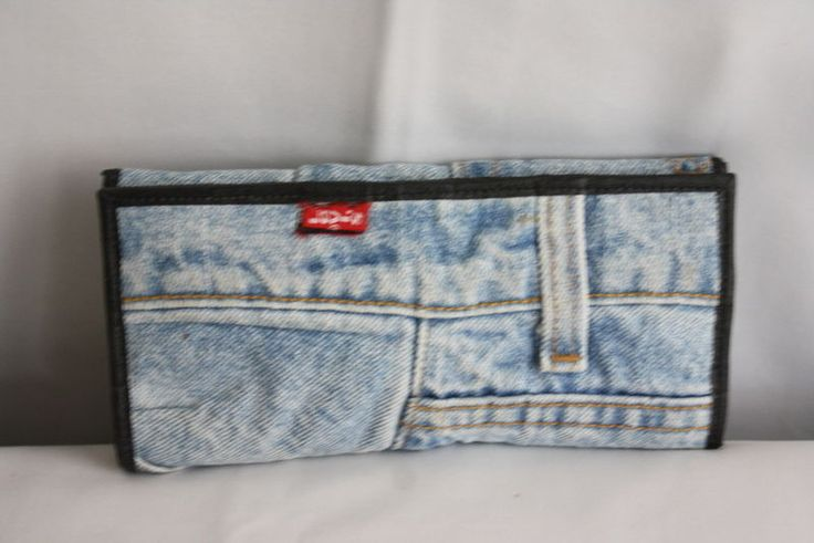 Womens Levis Light Wash Jeans Folded Jean Wallet w Credit Card Organizer Coin    #Levis #FoldCheckbookandCardHolder