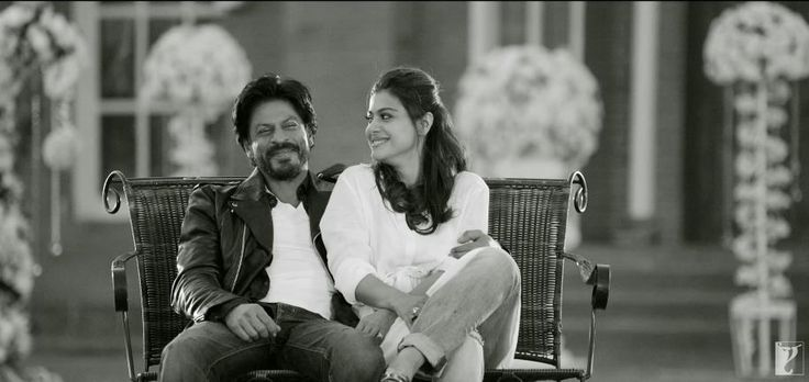 It's been 20 years since the release Dilwale Dulhaniya Le Jayenge (DDLJ), but Shahrukh-Kajol charm is still mesmerizing. There are moments in the iconic #DDLJ where you fall in love over and over again. Sometimes we relate it to our personal lives while sometimes we crave for such a relationship. But whatever may be the case, DDLJ was one such movie which was loved thoroughly by each and every one of us.