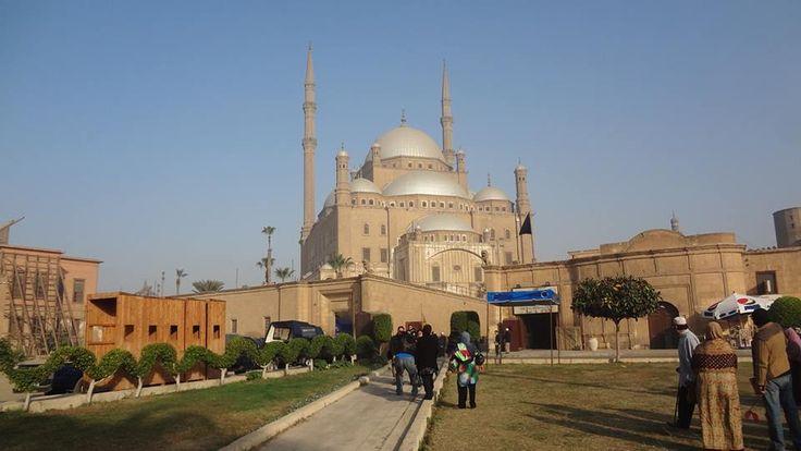 La ciudadela de saladino, El Cairo, recorridos por Egipto http://www.espanol.maydoumtravel.com/Paquetes-de-Viajes-Cl%C3%A1sicos-en-Egipto/4/1/29