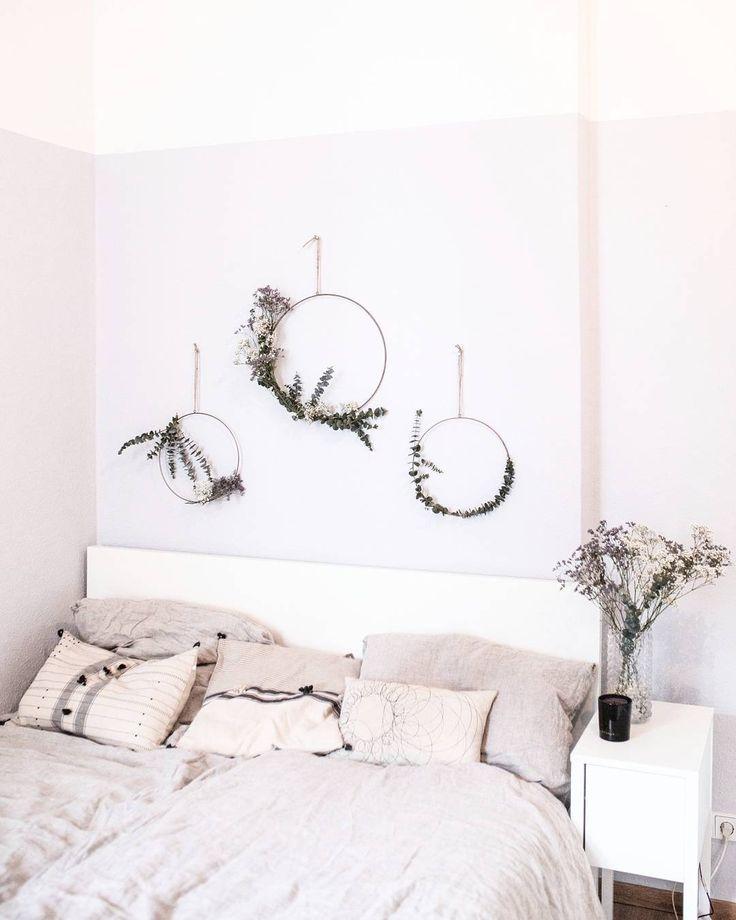 Des couronnes végétales pour habiller la tête de lit
