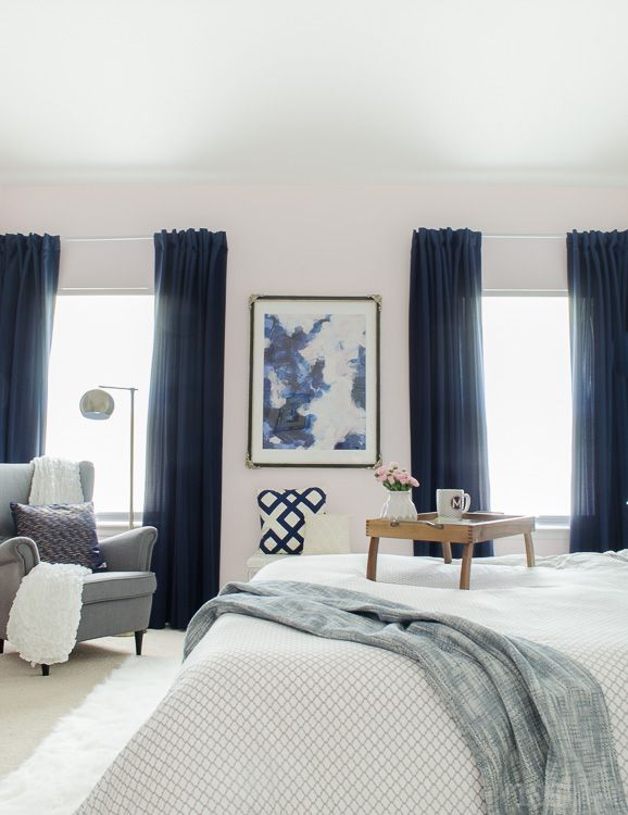 Gorgeous master bedroom with dramatic navy drapes  It s so glam and cozy at  the same. Best 25  Navy curtains bedroom ideas on Pinterest   Navy master