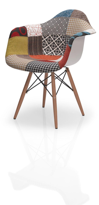 La silla DC-311P apuesta por un alegre estampado estilo #patchwork. #decoración #sillas #hogar #colo #DugarHome