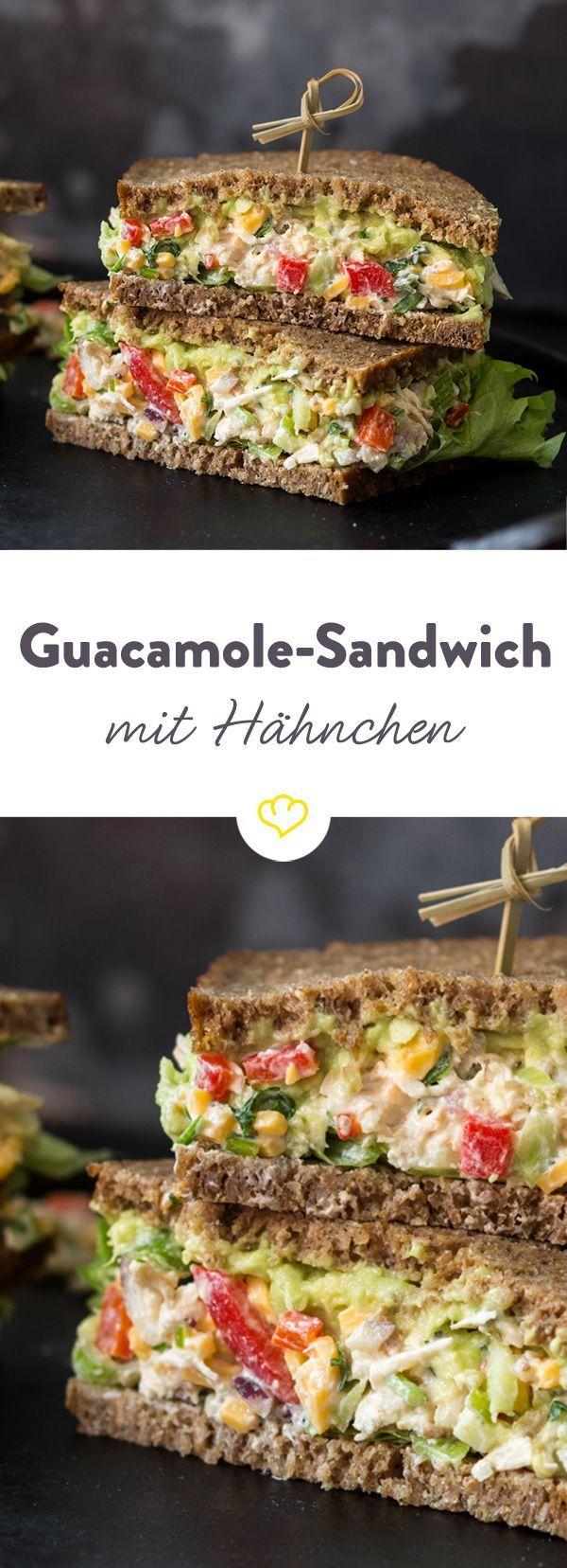 Oben Avocado und unten eine feine Creme aus griechischem Joghurt, Hähnchen und Paprika - Sandwich Deluxe!