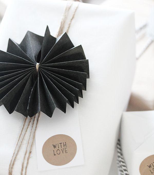 Con flores de origami muy fáciles de hacer
