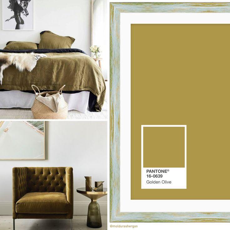 El último color que vamos a presentar es el #GoldenOlive. Un color lleno de matices, un verde oliva con reflejos dorados que combinado con tonos terrosos y maderas te lleva a estilos en los que la naturaleza está más que presente. ⏩ Conoce todos los colores para otoño de la paleta PANTONE London en nuestro post:
