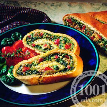Пицца Стромболи с вялеными помидорами и шпинатом