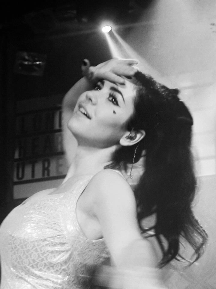 Marina and the Diamonds- love the feel of this photo