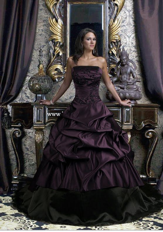 Gorgeous puple gothic alternative wedding dress!