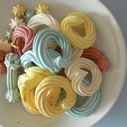 merengues! . I ♥ #Dialhogar  http://pinterest.com/dialhogar/  ❥ http://dialhogar.blogspot.com.es/