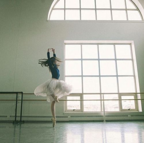 ele-bee:  Addie Tapp of Boston Ballet. Photo by Kenneth B. Edwards.
