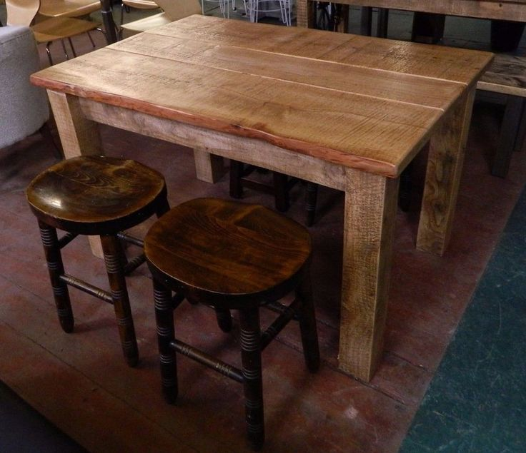 4 FOOT FARMHOUSE STYLE DINING TABLE  /  PUB / HOME / BISTRO / CAFE / RUSTIC #Unbranded
