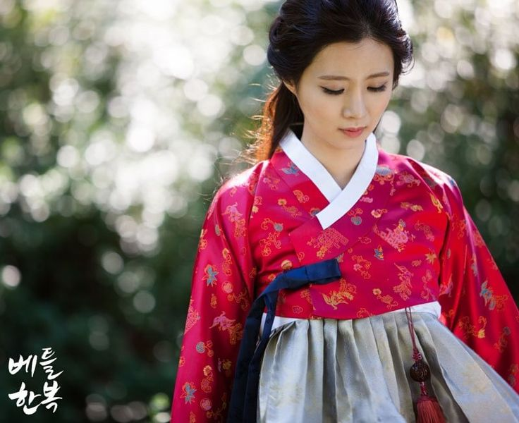 Korean traditional clothes.[hanbok] #한복 #red #picture #jeju #제주도 #전통한복 #여자한복 #korean #베틀한복 #wonderful #한국 #dress