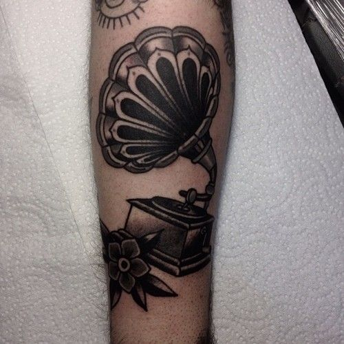 Another Cover Up From Today Thanks Tattoo Fixers: 17 Best Images About Tattoos (Vitrolas) On Pinterest