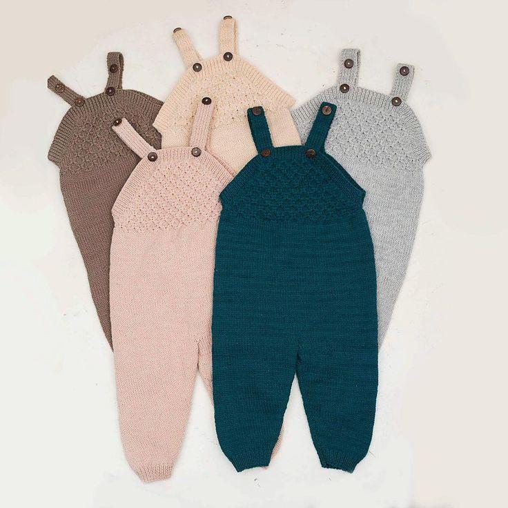 • c l a s s i c  s m o c k  j u m p s u i t •  Such a comfy romper, with full length legs and adjustable straps. Because it is handknitted, it is flexible and very comfy to wear ⭐️. . . . . . . . . . #shirleybredal #smockjumpsuit #comfortable #pregnancy #babyshopping #dragt kids decor #kidsroom #kinderzimmer #letthekids #enchantedchildhood #childrensinteriors #childrensroom #decorforkids #playroom #nurserydecor #shabbychicdecor #kidsroomdecor #barnrumsinspo #kidsinterior #nurseryinspo…