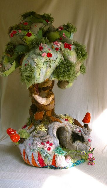 felt--dream treehouse