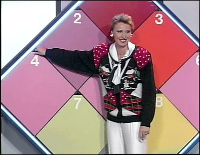 Ruutuysi tai Ruutuässä, suosittu arvausleikki televisiossa.