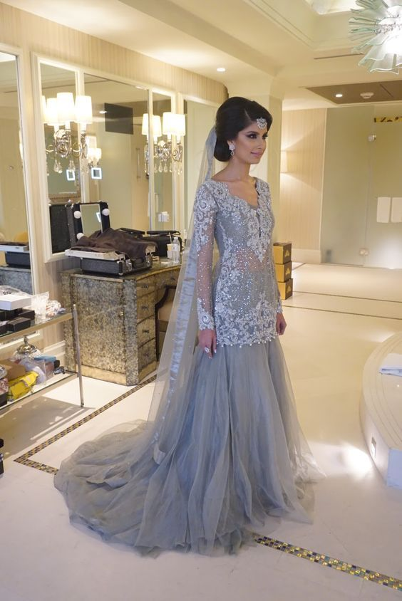 Charming Prom Dress,Appliques Prom Dress Tulle Prom Dress,Long-Sleeves Prom Dress P760