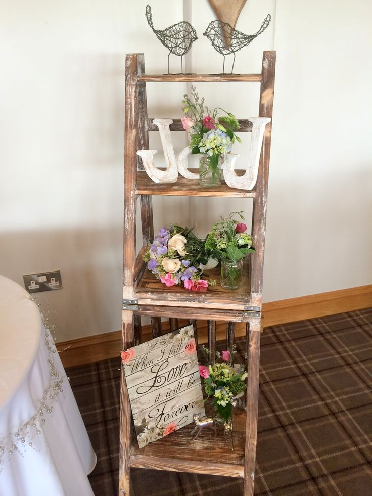 Cute little display using an old wooden ladder