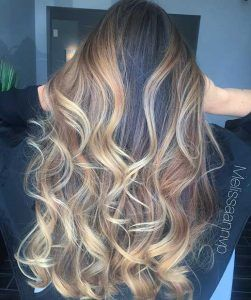 The 25+ best All over highlights ideas on Pinterest | Fall hair ...