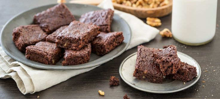 Moist, rich, and seriously fudgy, this no-fuss vegan brownie recipe delivers big chocolate flavor.