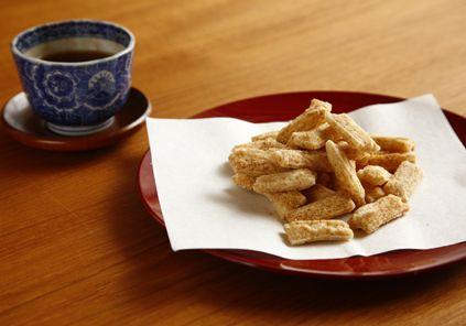 2010年産新潟産こがねもち使用。お米の味がしっかり楽しめる - 【販売終了】こがねもち100% 無添加贅沢おかき(玄米おかき